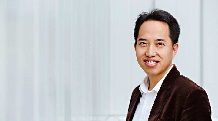 Dr. Zhongwei Chen