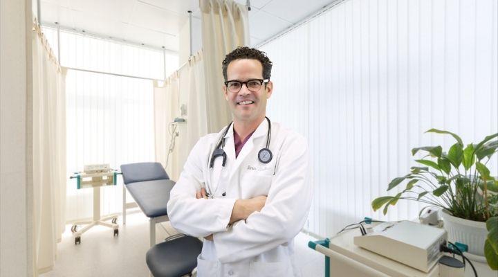 Dr. Ryan Shelton